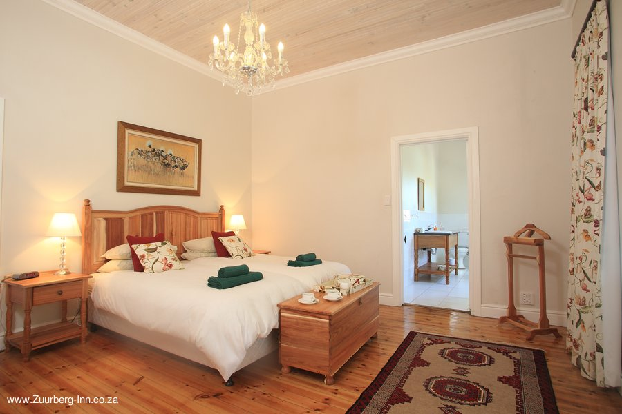 Zuurberg-Inn_Manor_Hotel_Room